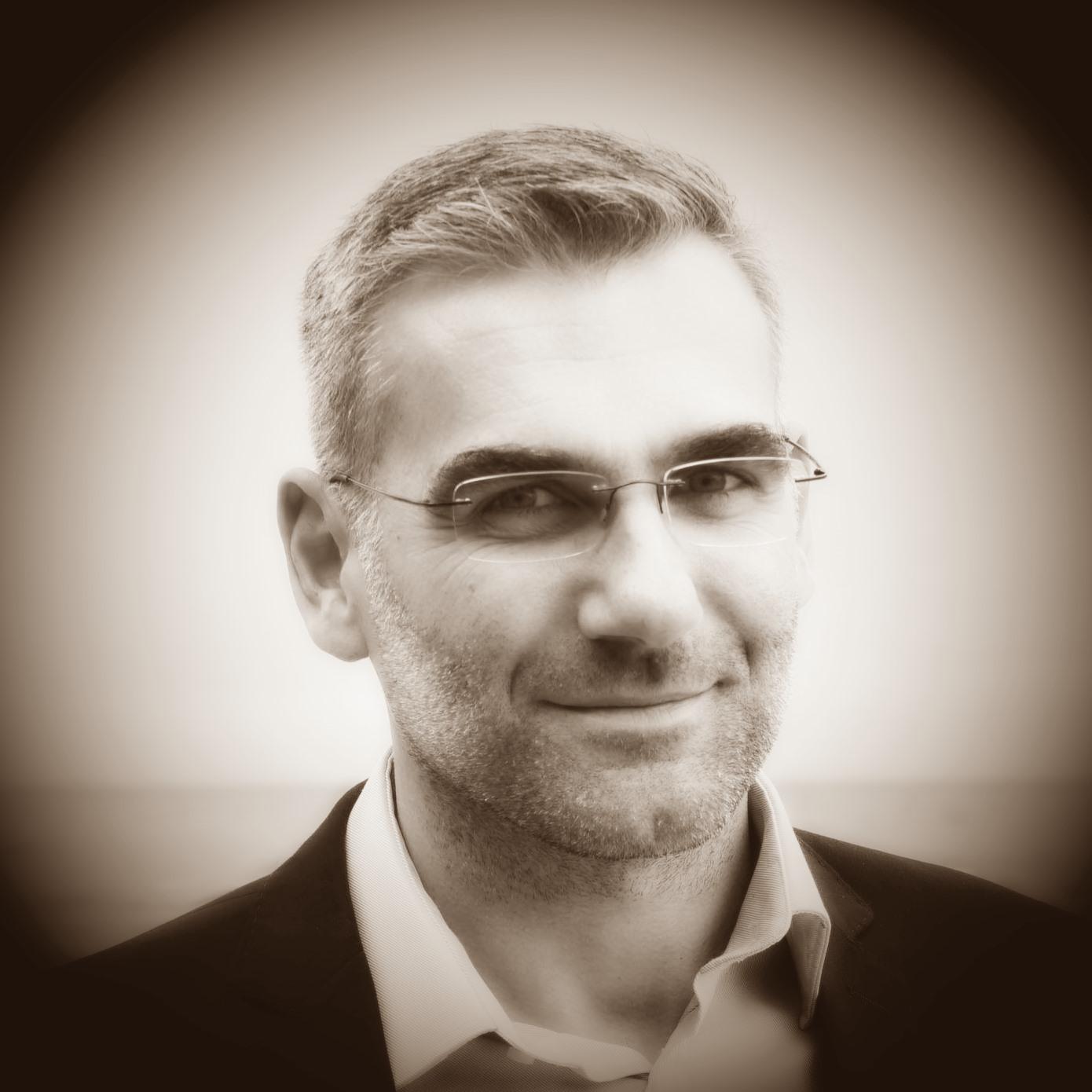 Tomasz Kanas